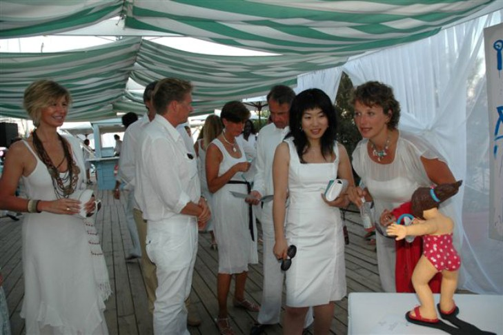YOUN CHO Korean Artist at Riva Trophy Saint Tropez
