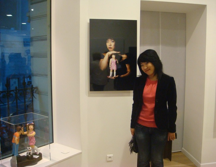 YOUN CHO Korean Artist at Guillaume Barclay Exhibition